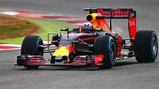 bull formule 1 bull rb12 2016 formula 1 car launched opinions analysis