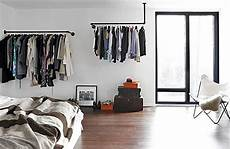 Kleiderstange Aus Rohren - simple and practical clothing racks for casual decors
