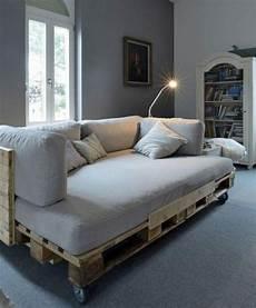 Europaletten Möbel Bett - europaletten bett ganz einfach selber bauen ausf 252 hrliche