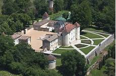 chateau de cadillac media investor buys historic bordeaux estate
