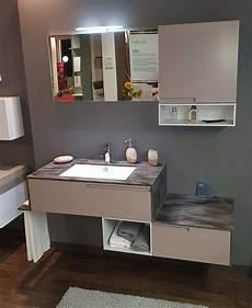 corian bagno outlet mobile bagno sospeso con top in corian arredo