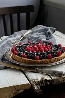 crema ai frutti di bosco crostata con crema pasticcera e frutti di bosco crostata ai frutti di bosco idee alimentari