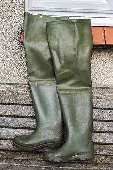 fishing waders for sale on gumtree fishing waders thigh green size 8 condition in penicuik midlothian gumtree