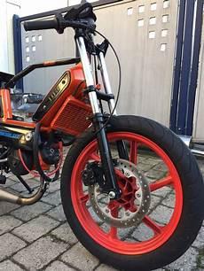 garage build bomber orange