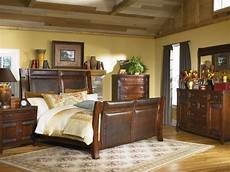 Bedroom Color Ideas For Wood Furniture by Vintage Rustic Bedroom Ideas With Shade Rustic