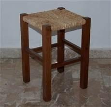 sgabelli di legno sgabello in legno scuro impagliato santo stino di livenza