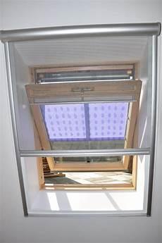 fen 234 tre de toit velux moustiquaire r 233 alisations