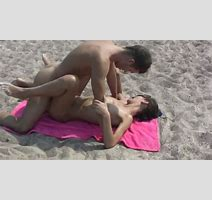 Really Quick Missionary Style Fuck On The Beach Taped On