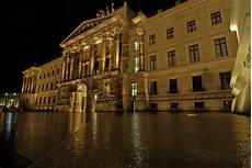 Braunschweig Schloss Arkaden - schloss arkaden braunschweig foto bild architektur