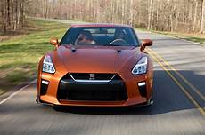 2017 nissan gt r the refreshed r35 5 debuts in new york