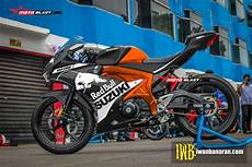 Modifikasi Gsx R150 by Modifikasi Striping Suzuki Gsx R150 Black Redbull Black