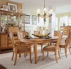 Dining Room Table Arrangements