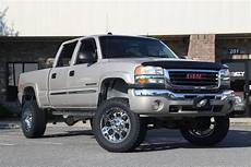 lifted gmc 2500hd on fuels motorsports