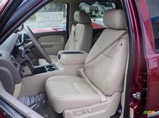 hayes car manuals 2011 chevrolet volt interior lighting light cashmere dark cashmere interior 2011 chevrolet suburban 2500 lt 4x4 photo 39043567