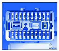 fuse box vauxhall astra w reg vauxhall agila mk1 2006 passenger compartment fuse box block circuit breaker carfusebox