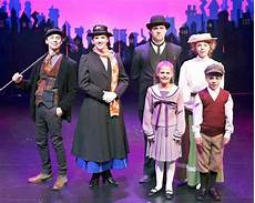 Musical Poppins Hamburg - ludus youth theater performs poppins