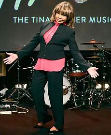 Reclusive Tina Turner 77 Turns Heads As She Makes