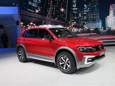 vw tiguan in hybrid road concept debuts in detroit