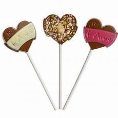 Sucette Coeur Au Chocolat Et Fruits Secs Monbana Chocolatier