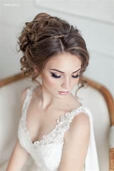 elegant wedding makeup and wedding updo hairstyle deer pearl flowers