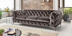 chesterfield sofa grau 3 sitzer chesterfield sofa big emma samt comfort2home