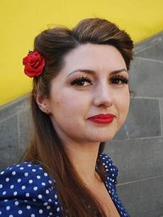 How To Do 1950s Hairstyles