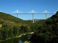 viaduc de millau world s amazing pictures pictures tourist places