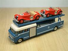 bedford cing car dinky bedford mg race car transporter roland ward dinky toys the era s