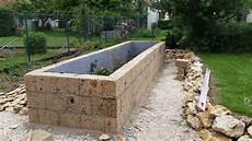 Hochbeet Aus Tuff Mauersteinen Selbst Bauen Natursteinblog