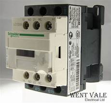 schneider tesys lc1d09 m7 25a 690v triple pole contactor 220vac coil used
