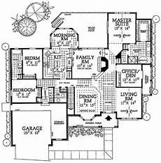 exclusive 3 bed house plan with split bedroom traditional 3 bed home plan with split bedrooms 81294w