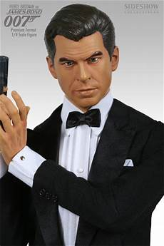 brosnan as bond premium format figure