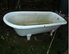 alte badewanne renovieren badewanne ausbauen neue eckbadewanne alte wanne