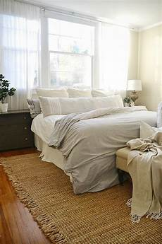 Bedroom Area Rugs Ideas by 17 Best Ideas About Bedroom Area Rugs On