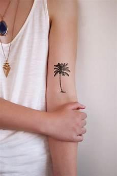 petit tatouage discret femme en 60 variantes raffin 233 es du