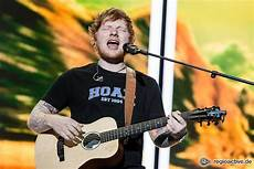 ed sheeran essen 2018 ed sheeran konzert aus d 252 sseldorf in die veltins arena