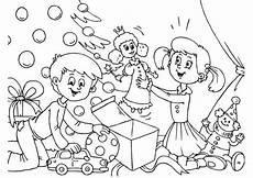 Ausmalbilder Weihnachtsbaum Mit Geschenken 20 Ausmalbilder Zu Weihnachten Erfreuen Sie Ihre Kinder