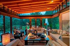 Spectacular Modern House Design Delights With Wood And