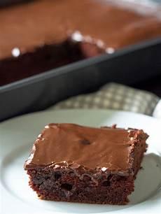 baileys chocolate sheet cake 12 tomatoes