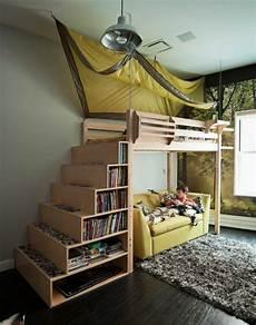 hochbett mit schubladen treppe hochbett mit treppe tolle vorschl 228 ge archzine net