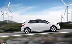 Toyota Auris Hybrid Probleme - toyota issues global recall for 2 4m hybrid cars due to