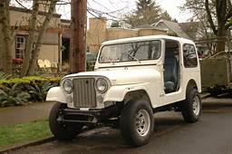 OLD PARKED CARS 1984 Jeep CJ7
