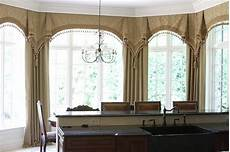 Kitchen Curtains For Bay Windows by Bay Window Curtains Glencoe Il Traditional Kitchen