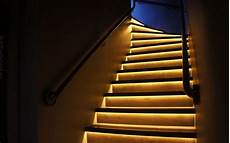 Treppenhaus Led Beleuchtung - 3 tips on how to light stairs staircase lighting