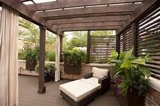 sichtschutz terrasse freistehend holz pergola im garten 17 moderne beispiele 220 berdachung garten garten und garten 252 berdachung
