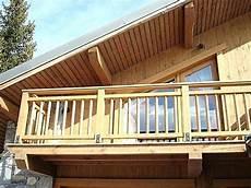 balcon bois extérieur garde corps balcon exterieur bois terrasse balcon
