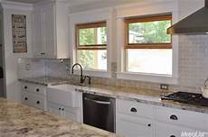 Sle Backsplashes For Kitchens Kitchen Countertops Granite Glass Backsplash And White