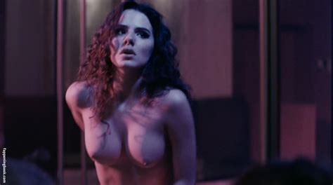 Ruby O Fee Nude