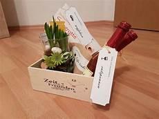 geschenke zum geburtstag für freundin zeit verschenken geschenk freundin gutschein verpacken