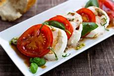 tomate mozzarella dressing caprese salad recipe with pesto dressing eatwell101